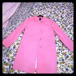 Beautiful pink GAP trench coat !! XS